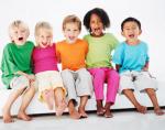 kids smiling singing